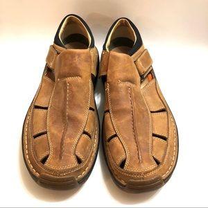 Men's Timberlands Altamont brown sandals Size 10.5